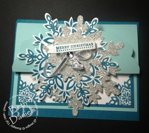 snowflake easel closed